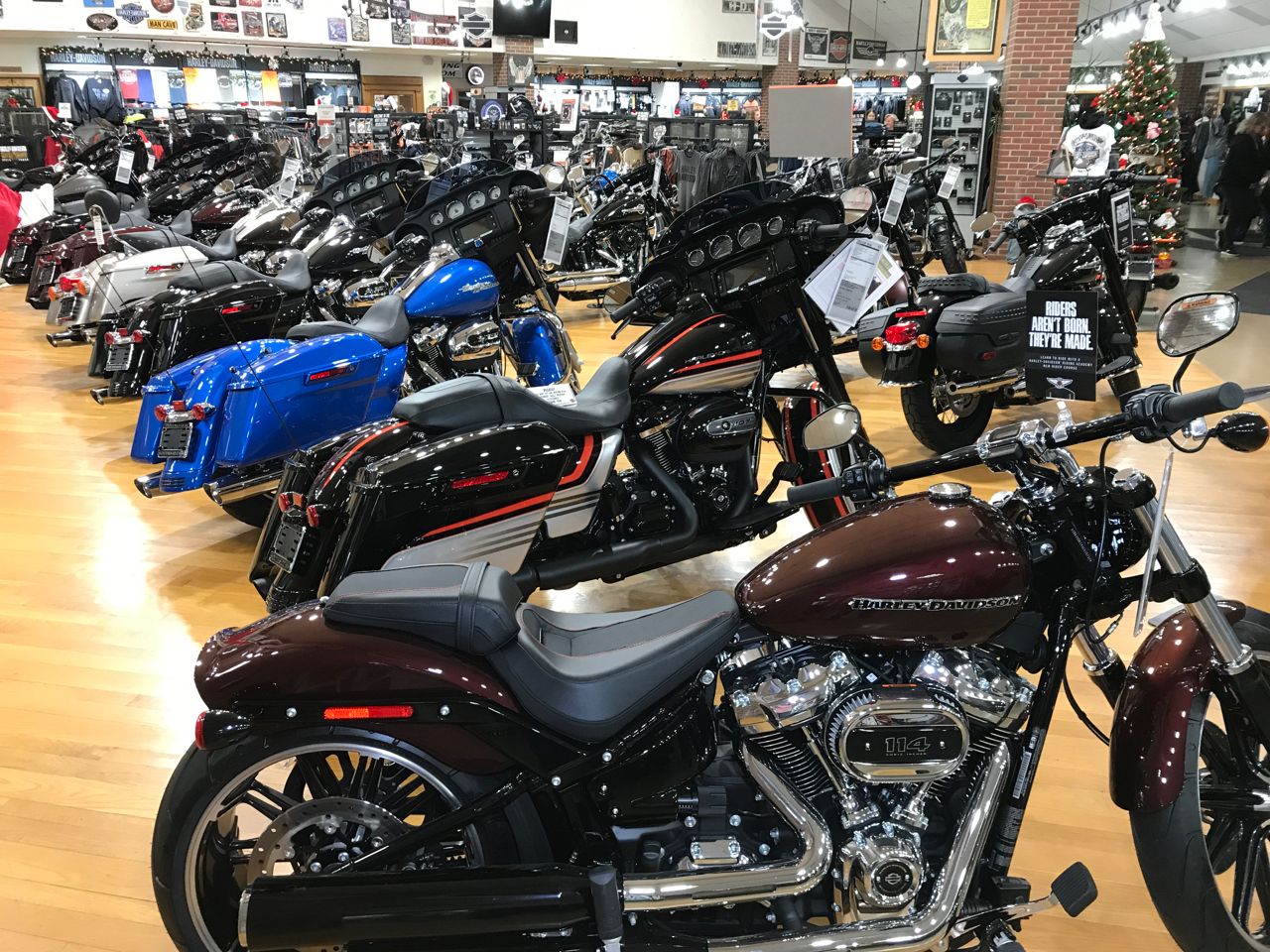 Motorcycles Sales At Indianapolis Southside Harley-Davidson