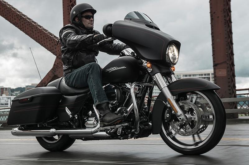 2016 Harley-Davidson Street Glide Special at RG's Almost Heaven Harley-Davidson, Nutter Fort, WV 26301