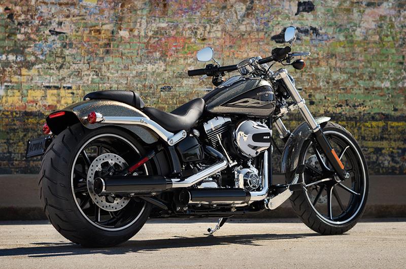 2016 Harley-Davidson Softail Breakout at Tampa Triumph, Tampa, FL 33614