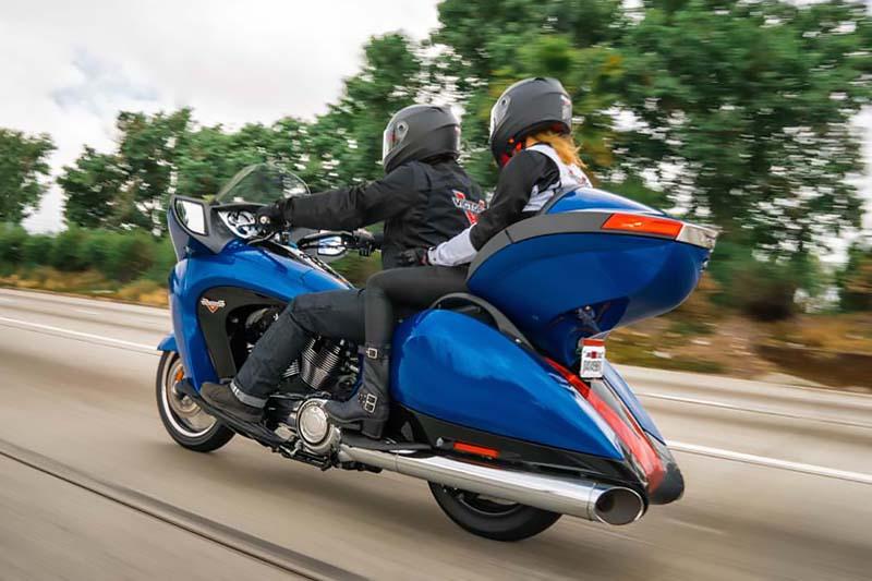 2017 Victory Vision® Base at Reno Cycles and Gear, Reno, NV 89502