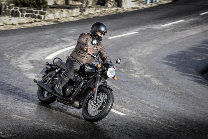 2017 Triumph Bonneville T120 Black Stus Motorcycles