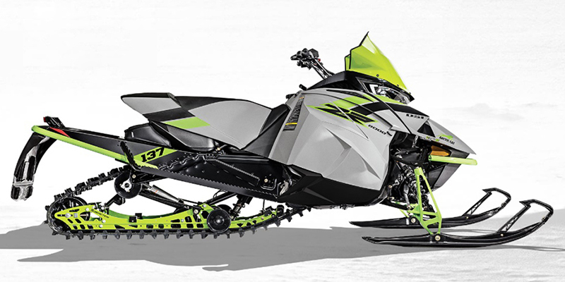 ZR 8000 Sno Pro® ES 137 Early Release at Hebeler Sales & Service, Lockport, NY 14094