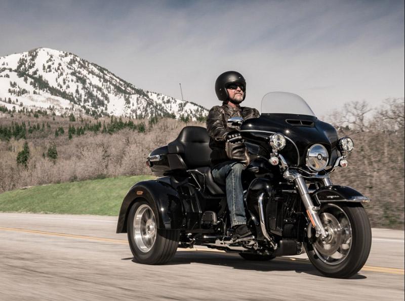 2018 Harley-Davidson Trike Tri Glide Ultra at Destination Harley-Davidson®, Tacoma, WA 98424