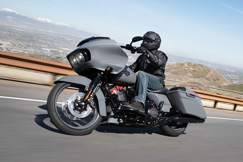 2018 Harley-Davidson Road Glide® CVO™ Road Glide® at Waukon Harley-Davidson, Waukon, IA 52172