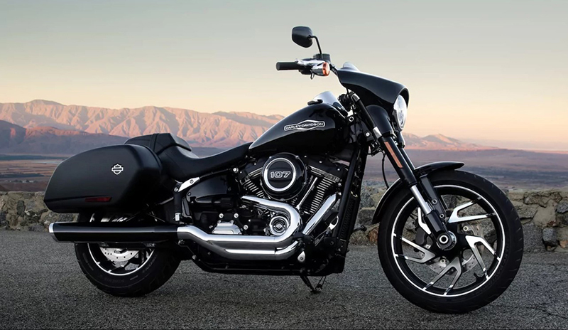 2018 Harley-Davidson Softail® Sport Glide™ at Harley-Davidson® Shop of Winona, Winona, MN 55987