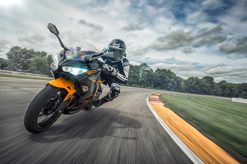 2018 Kawasaki Ninja 400 ABS at Hebeler Sales & Service, Lockport, NY 14094