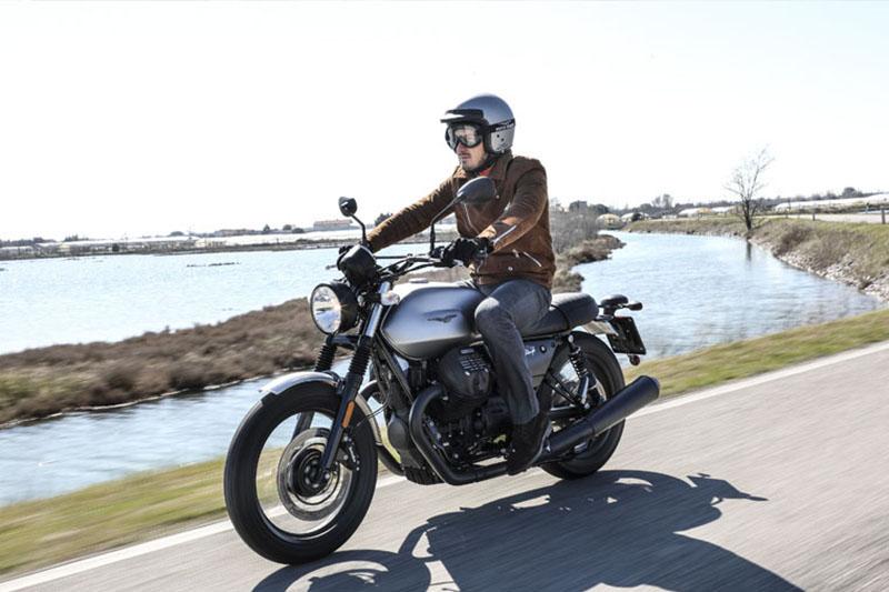 2018 Moto Guzzi V7 III Rough at Sloan's Motorcycle, Murfreesboro, TN, 37129