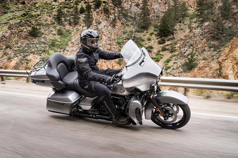 2019 Harley-Davidson Electra Glide® CVO™ Limited at Bud's Harley-Davidson, Evansville, IN 47715
