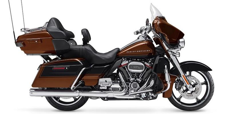 Electra Glide® CVO™ Limited at Bluegrass Harley Davidson, Louisville, KY 40299