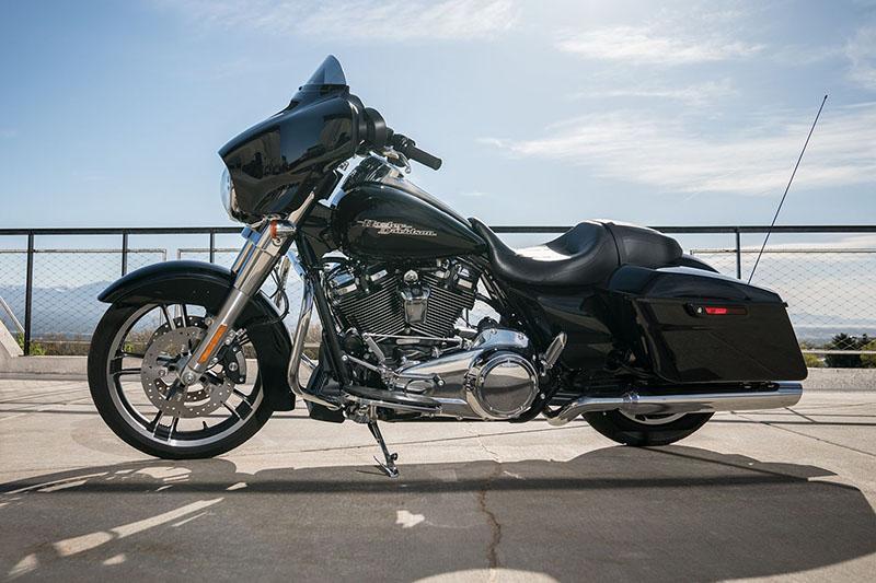 2019 Harley-Davidson Street Glide Base at Destination Harley-Davidson®, Silverdale, WA 98383