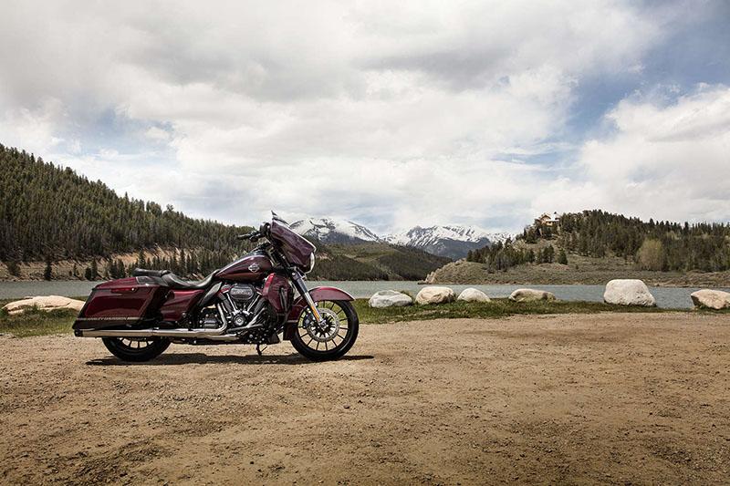2019 Harley-Davidson Street Glide® CVO™ Street Glide® at Killer Creek Harley-Davidson®, Roswell, GA 30076