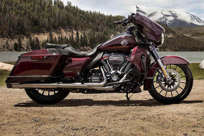 2019 Harley-Davidson Street Glide CVO Street Glide at Destination Harley-Davidson®, Tacoma, WA 98424