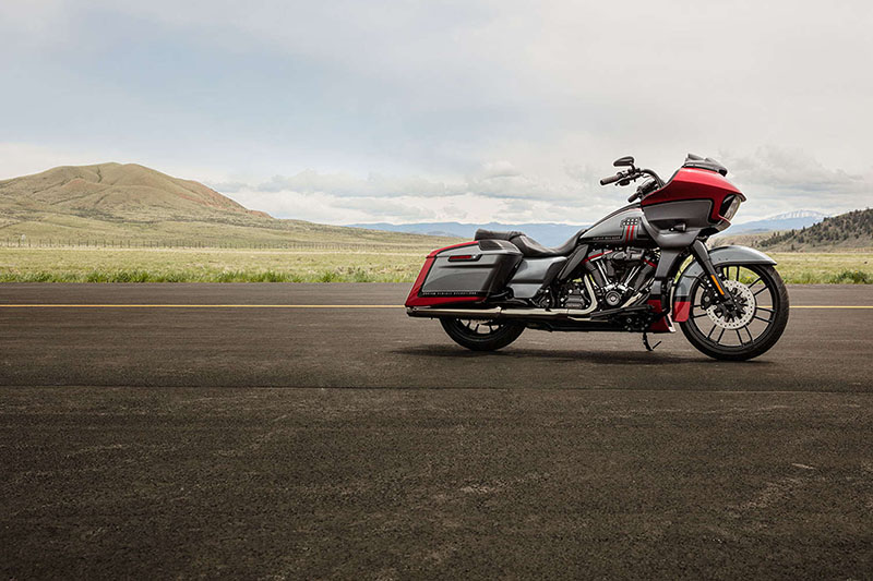 2019 Harley-Davidson Road Glide® CVO™ Road Glide® at Javelina Harley-Davidson