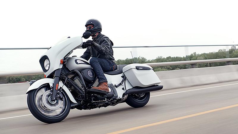 2019 Indian Chieftain® Dark Horse® at Sloans Motorcycle ATV, Murfreesboro, TN, 37129