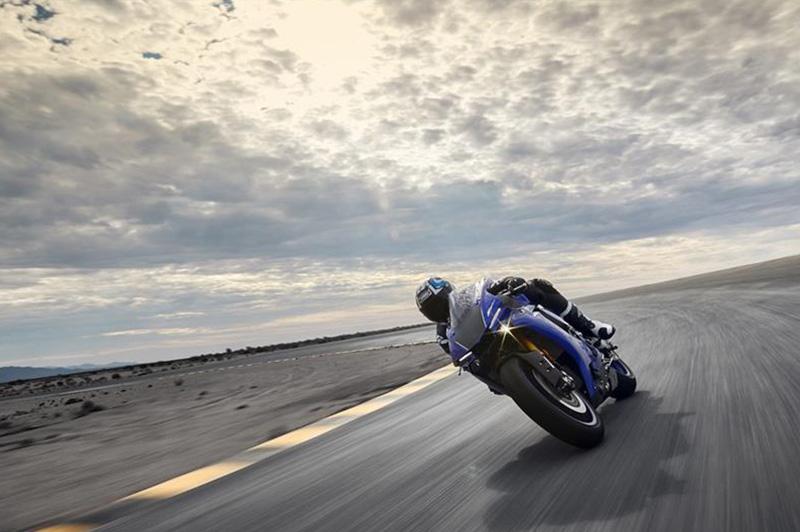 2019 Yamaha YZF R1 at Sloan's Motorcycle, Murfreesboro, TN, 37129