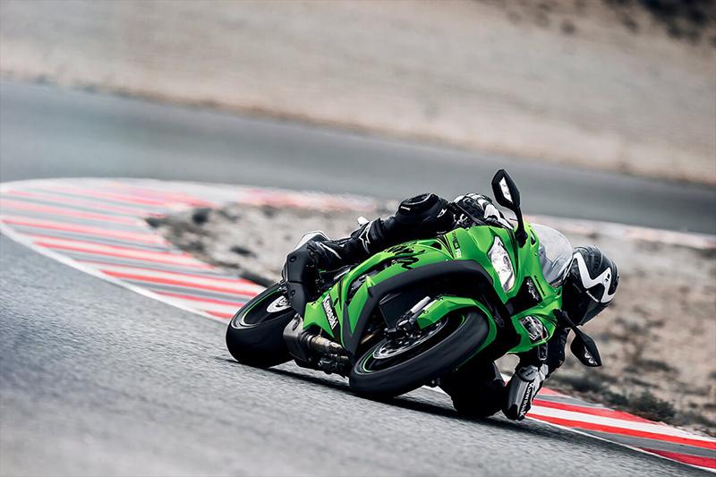 2019 Kawasaki Ninja® ZX™-10R Base at Kawasaki Yamaha of Reno, Reno, NV 89502