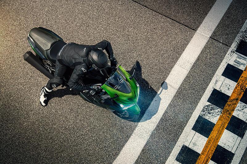 2019 Kawasaki Ninja® ZX™-14R Base at Kawasaki Yamaha of Reno, Reno, NV 89502