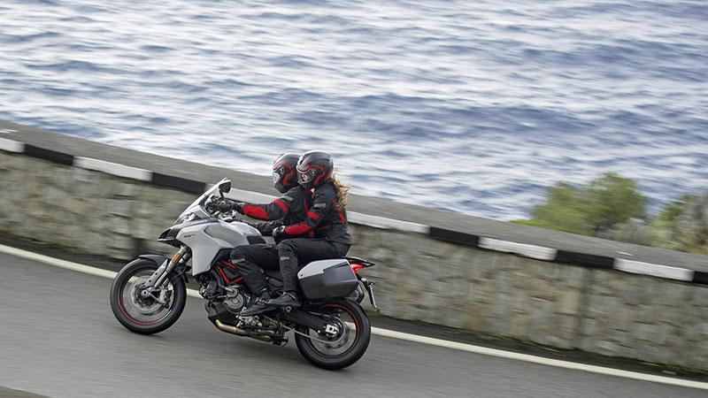 2019 Ducati Multistrada 950 S at Frontline Eurosports