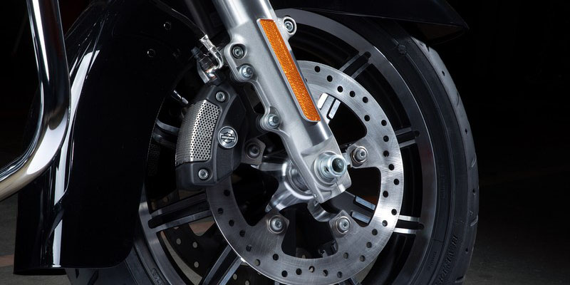 2019 Harley-Davidson Electra Glide Standard at Harley-Davidson® Shop of Winona, Winona, MN 55987