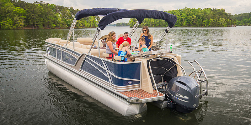 SP Series 2500 CB at Pharo Marine, Waunakee, WI 53597