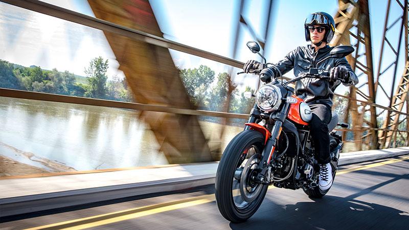 2019 Ducati Scrambler® Icon at Frontline Eurosports