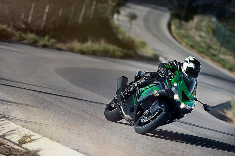 2020 Kawasaki Ninja ZX-14R ABS at Sloans Motorcycle ATV, Murfreesboro, TN, 37129