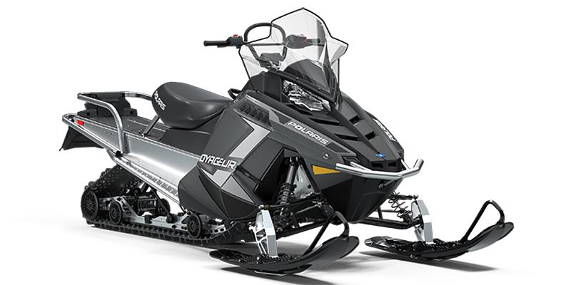 550 Voyageur® 155 at Cascade Motorsports