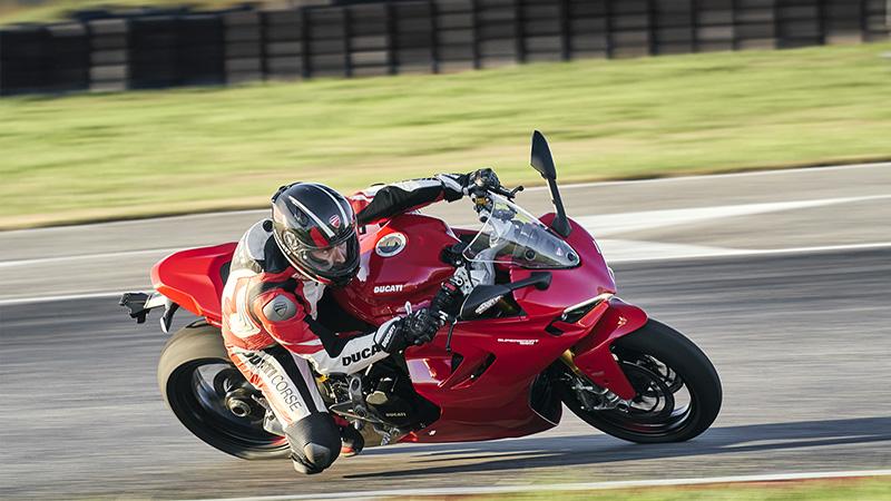 2021 Ducati SuperSport 950 at Eurosport Cycle