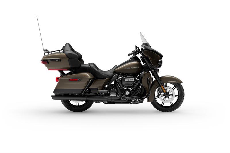 Ultra Limited at Mike Bruno's Northshore Harley-Davidson