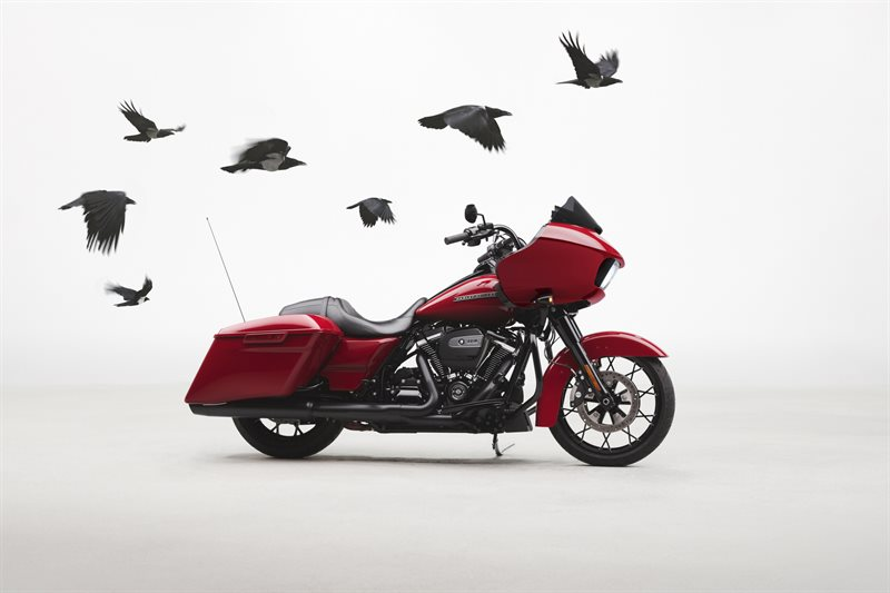 2020 Harley-Davidson Touring Road Glide Special at La Crosse Area Harley-Davidson, Onalaska, WI 54650