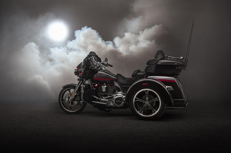 2020 Harley-Davidson Trike Tri Glide Ultra at Destination Harley-Davidson®, Tacoma, WA 98424