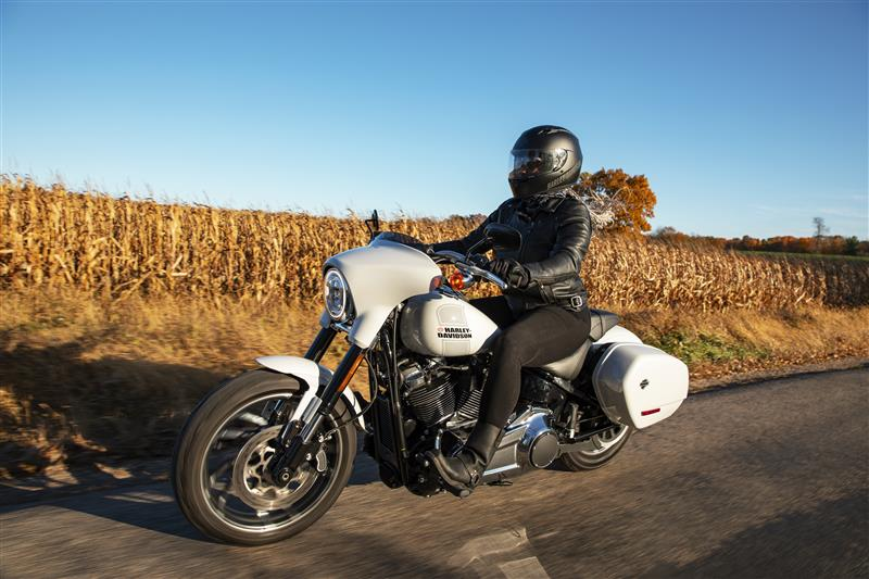 2021 Harley-Davidson Cruiser Sport Glide at Gasoline Alley Harley-Davidson (Red Deer)