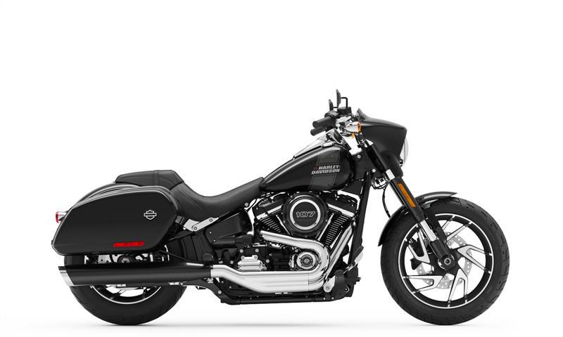 Sport Glide at Gasoline Alley Harley-Davidson (Red Deer)