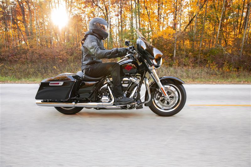2021 Harley-Davidson Touring Electra Glide Standard at Gasoline Alley Harley-Davidson (Red Deer)