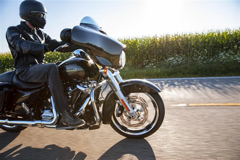 2021 Harley-Davidson Touring Street Glide at Gasoline Alley Harley-Davidson (Red Deer)