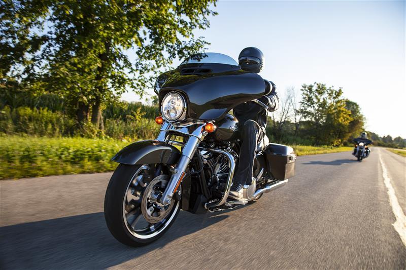 2021 Harley-Davidson Touring FLHX Street Glide at Gasoline Alley Harley-Davidson (Red Deer)
