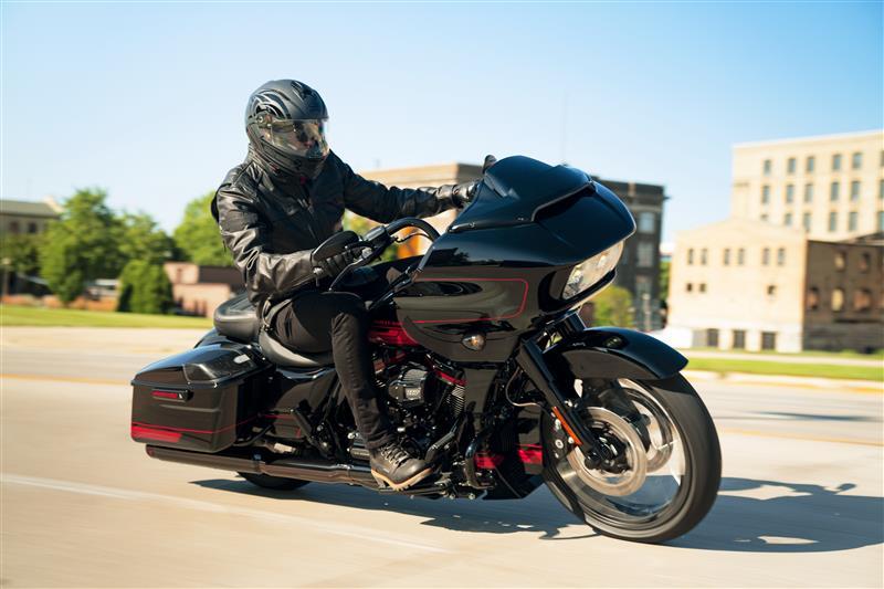 2021 Harley-Davidson Touring FLTRXSE CVO Road Glide at Destination Harley-Davidson®, Tacoma, WA 98424