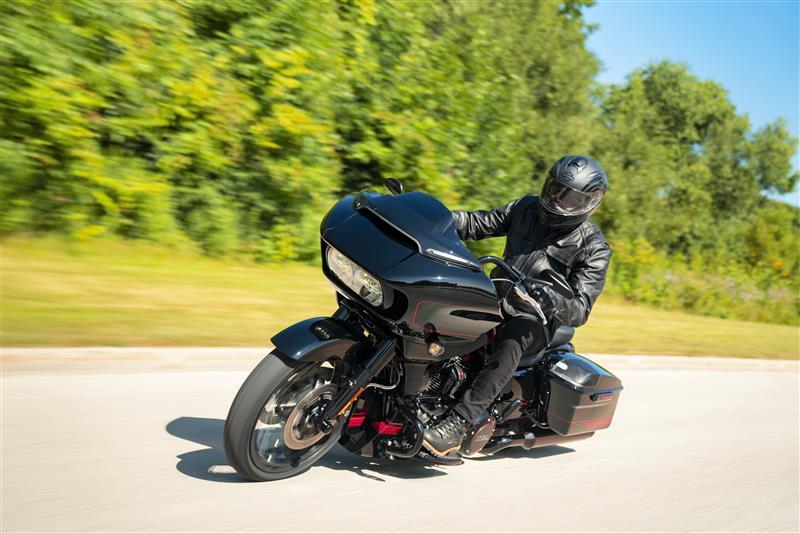 2021 Harley-Davidson Grand American Touring CVO Road Glide at Speedway Harley-Davidson