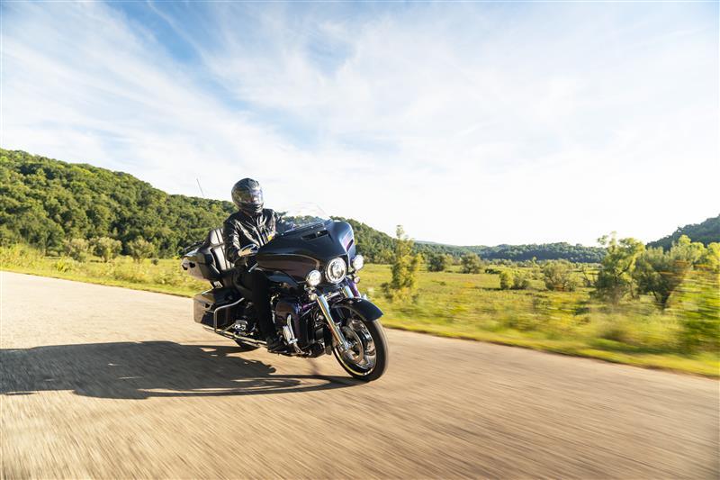 2021 Harley-Davidson Touring CVO Limited at Destination Harley-Davidson®, Tacoma, WA 98424