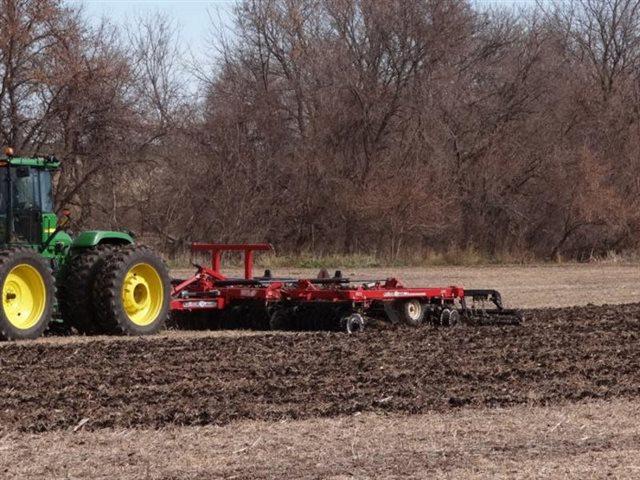IC5127 at Keating Tractor