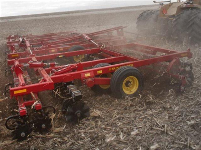 6830-25 at Keating Tractor
