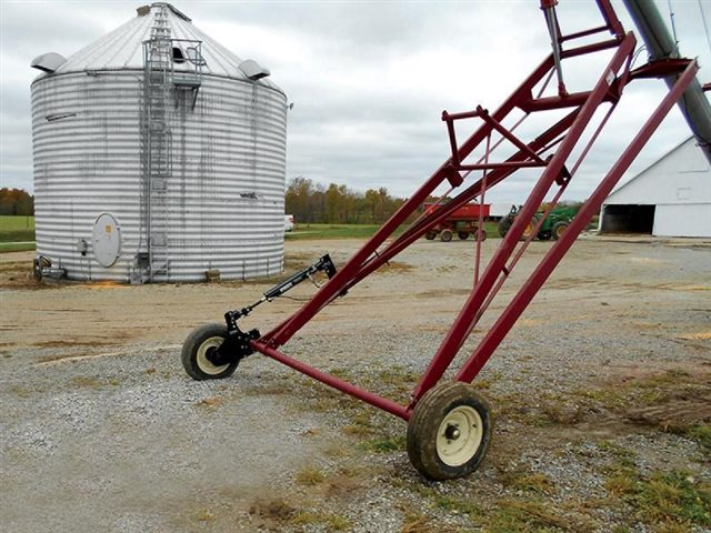1000 Auger Ace at Keating Tractor