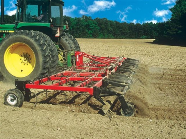 12 for 4 - 36 Beds Rigid Frame at Keating Tractor