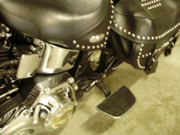 Softail Heritage Passsenger Footboard Kit