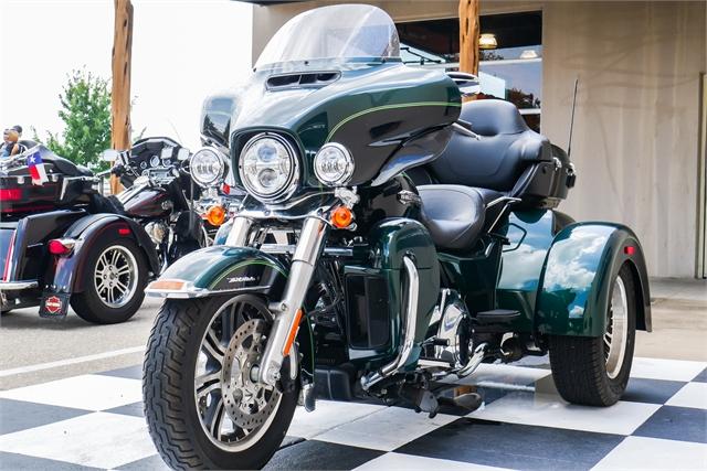 2016 Harley-Davidson Trike Tri Glide Ultra at Texoma Harley-Davidson
