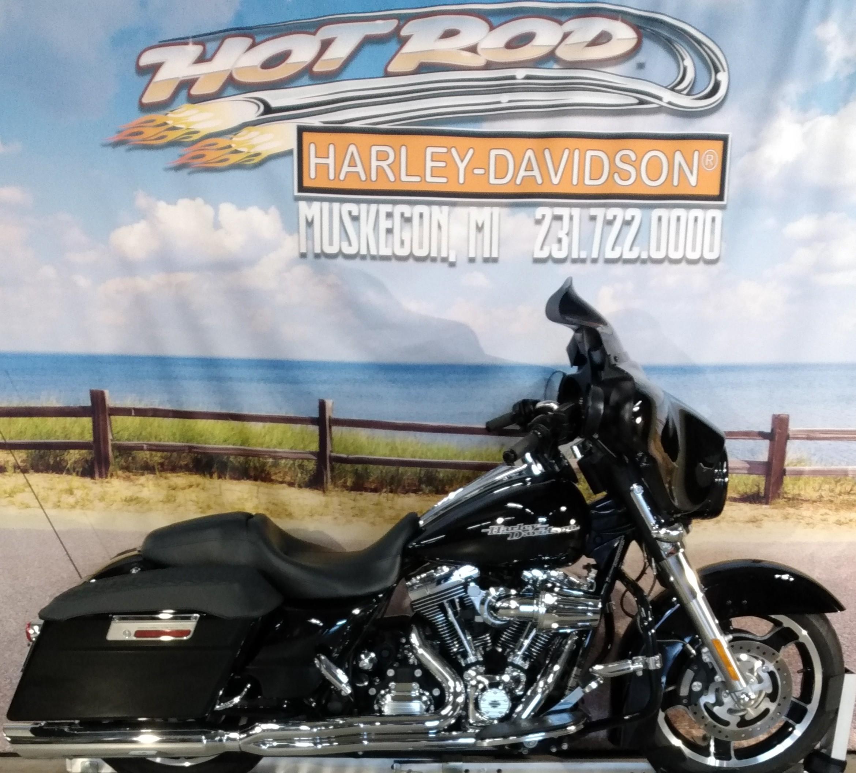 2013 Harley-Davidson Street Glide Base at Hot Rod Harley-Davidson