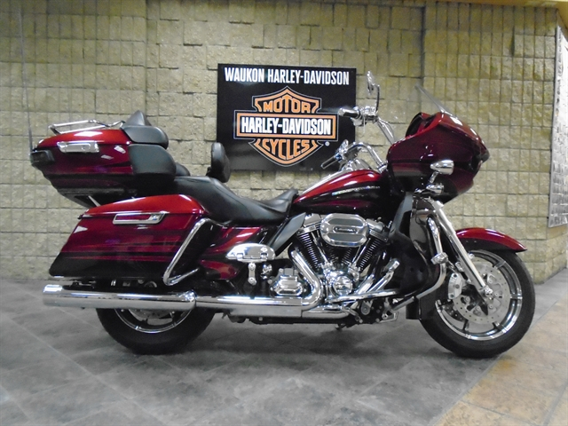 2015 Harley-Davidson Road Glide CVO Ultra at Waukon Harley-Davidson, Waukon, IA 52172
