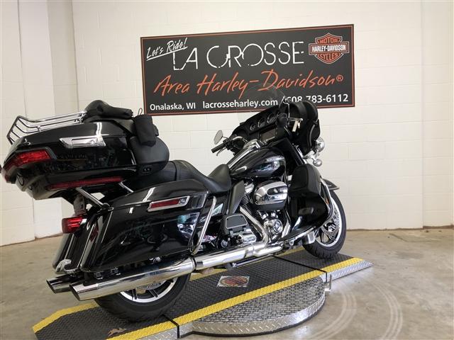 2018 Harley-Davidson Electra Glide Ultra Classic at La Crosse Area Harley-Davidson, Onalaska, WI 54650
