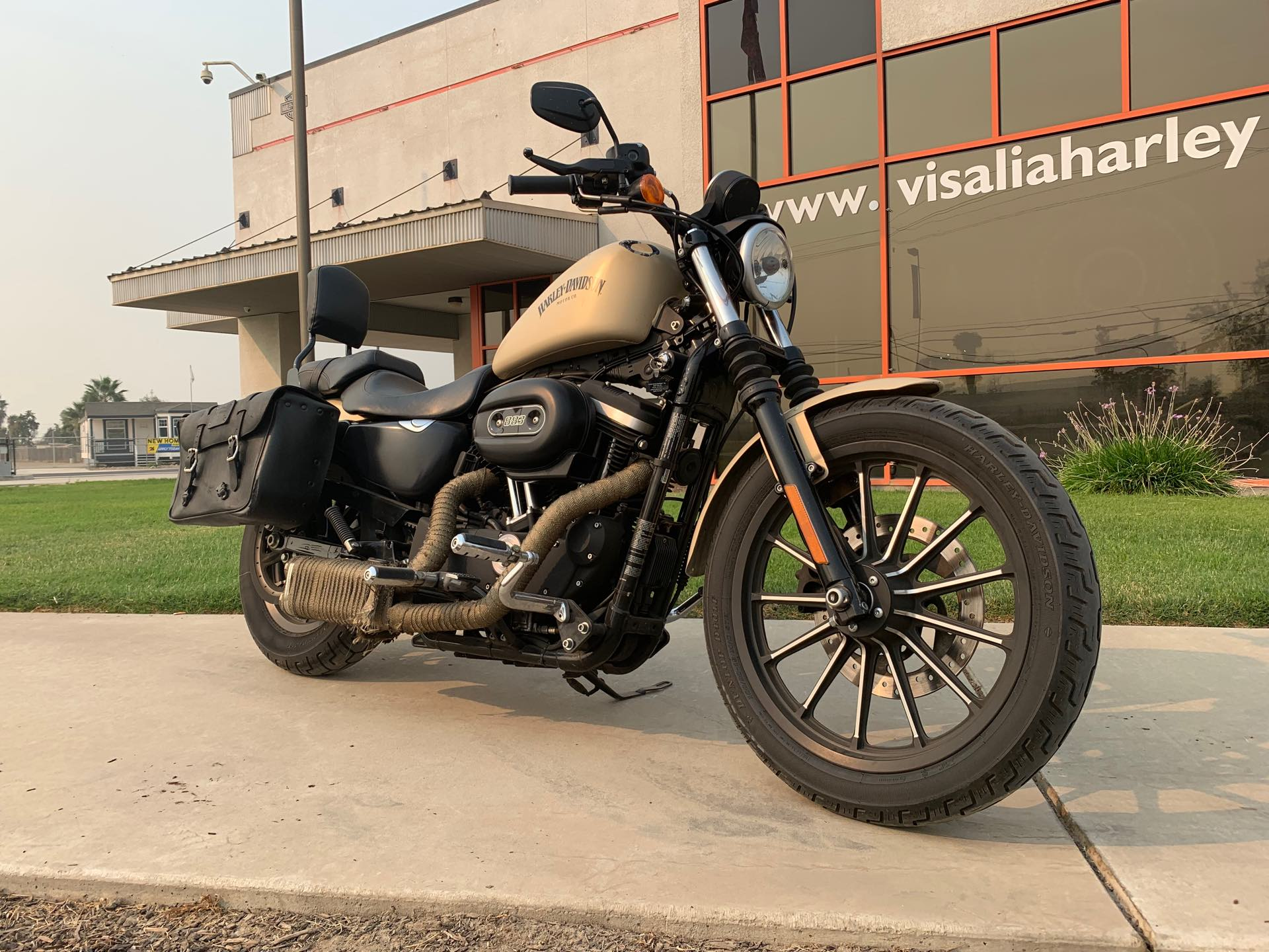 2015 Harley-Davidson Sportster Iron 883 at Visalia Harley-Davidson