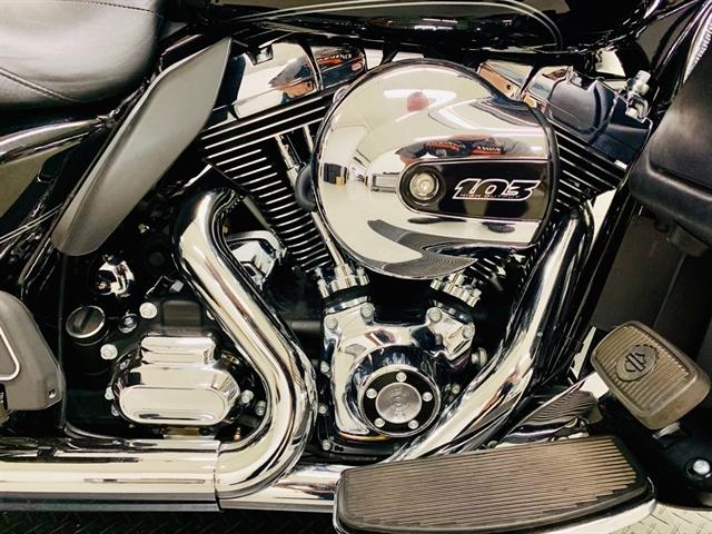 2015 Harley-Davidson Electra Glide Ultra Classic at Destination Harley-Davidson®, Silverdale, WA 98383